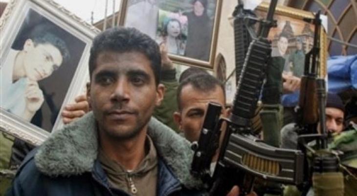 """قناة عبرية تكشف عن مصير """"الزبيدي"""" بعد أنّ سلّم سلاحه بموجب العفو!"""