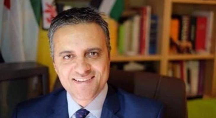 د.جمال نزال.. من أبرز الشخصيات الفلسطينية الأكثر تأثيراً على الشباب الفلسطيني