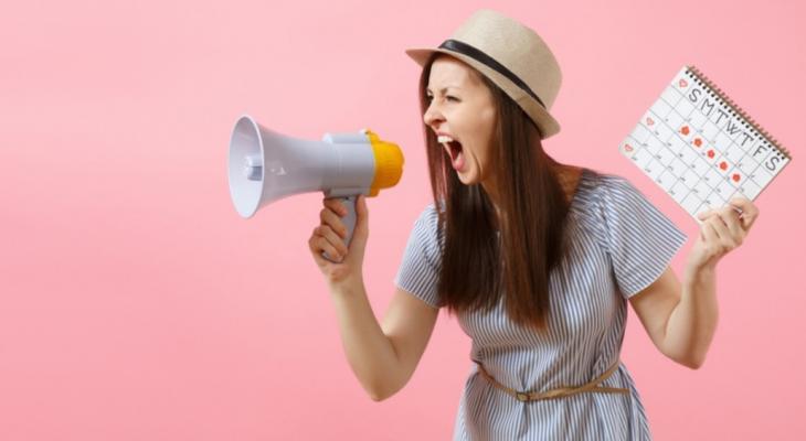 """دراسة صادمة: الدورة الشهرية تُسبب للفتيات مُضايقات و""""مُعاناة صامتة""""!"""