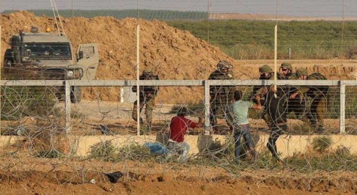 الاحتلال يُطلق النار صوب مجموعة شبان اقتربوا من حدود قطاع غزّة الشرقية