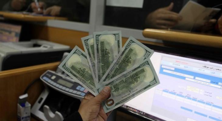 """التنمية بغزّة تكشف لـ""""خبر"""" تفاصيل حول موعد صرف المنحة القطرية 100 دولار"""