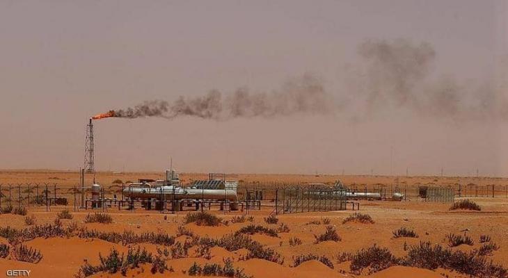 السعودية: إرساء عقود بـ18 مليار دولار لتطوير حقلين نفطيين