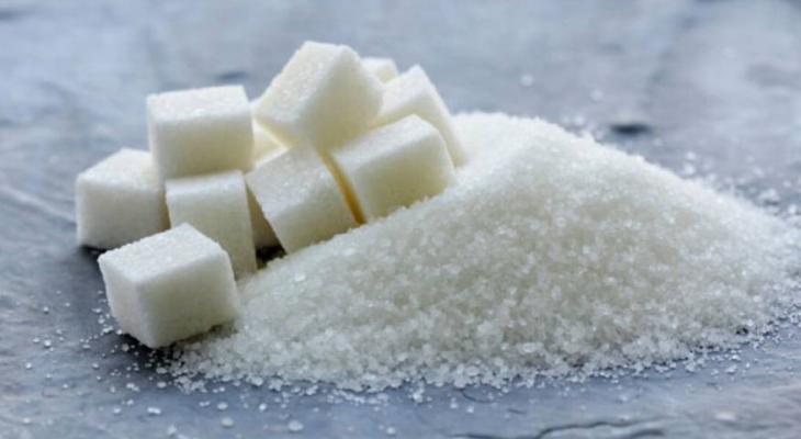 ماذا يحدث لجسمك حين تفرط باستهلاك السكر؟