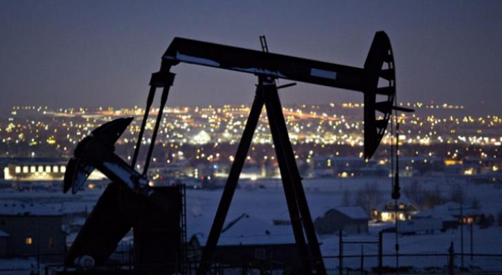 """المخزونات الأميركية تضغط على """"أسعار النفط"""""""