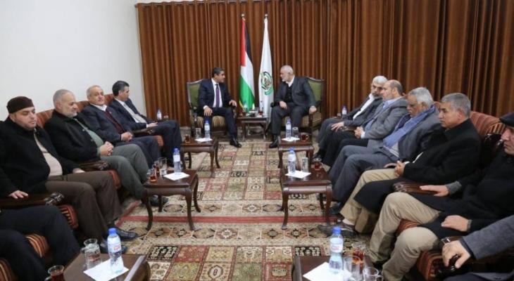 قناة عبرية تكشف تفاصيل مباحثات الوفد المصري مع حماس والجهاد في غزّة