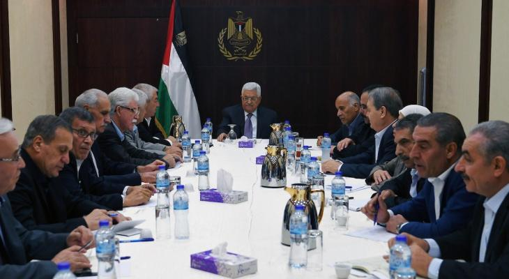 """عضو بمركزية """"فتح"""" يكشف عن تطورات جديدة بملف رواتب موظفي السلطة بغزّة"""