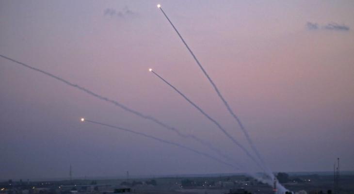 صورة: إطلاق صواريخ من غزّة صوب مستوطنات الغلاف