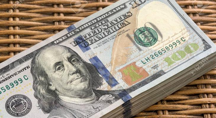 """التقدم في اتفاق التجارة """"الأميركي"""" الصيني يصعد بالدولار"""