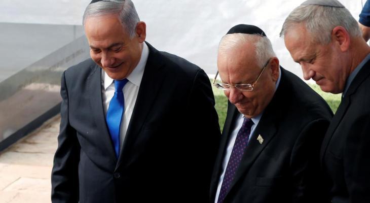 الكشف عن اجتماع بين حزبي نتنياهو وغانتس لبحث تشكيل الحكومة الجديدة