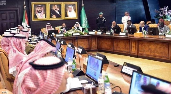"""حمدوك: يدعو رجال الأعمال """"السعوديين"""" للاستثمار في """"السودان"""""""