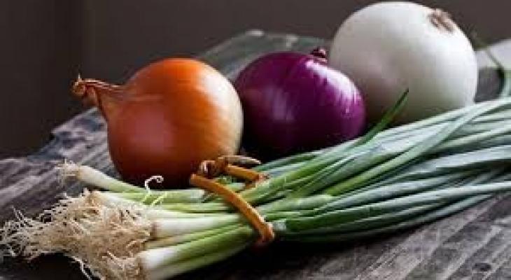 """البصل """"الأحمر"""" أم """"الأبيض"""" أيهما أفضل لصحة الإنسان؟"""