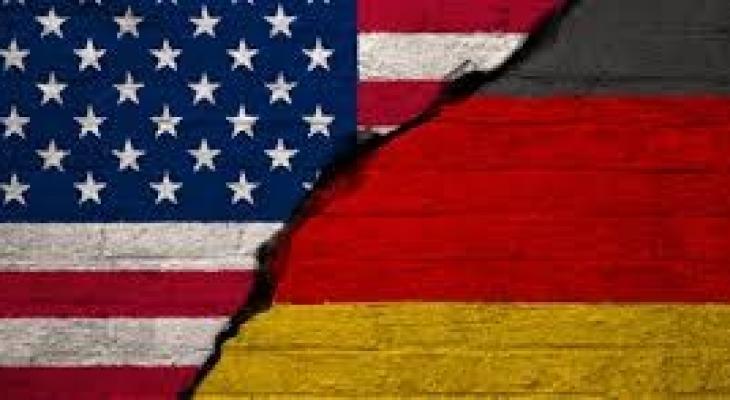 """شاهدوا: هدية """"ثقيلة جدا"""" من برلين لـ""""ترامب"""" والبيت الأبيض لم يرد"""