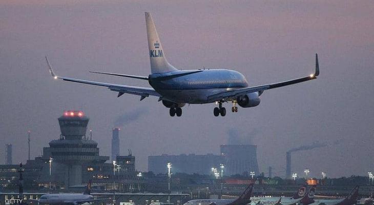 """11 ساعة في """"السماء"""" ثم عادت """"الطائرة"""" من حيث جاءت"""
