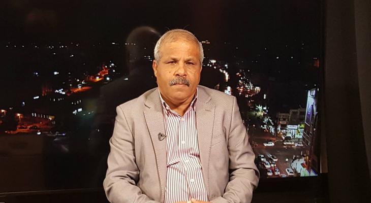 """العوض لـ"""" خبر"""": تسهيلات غزة طوق نجاة لنتنياهو ومؤشر على دخول التفاهمات حيز التنفيذ"""