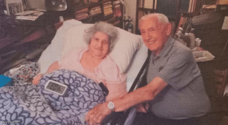 """قصة حب """"مأساوية"""" أحبها في """"سجن"""" والتقاها بعد 72 عاما B7Y7N"""