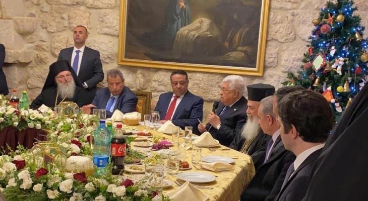 الرئيس عباس خلال مشاركته في عشاء الميلاد للكنائس المسيحية حسب التقويم الشرقي.jpg