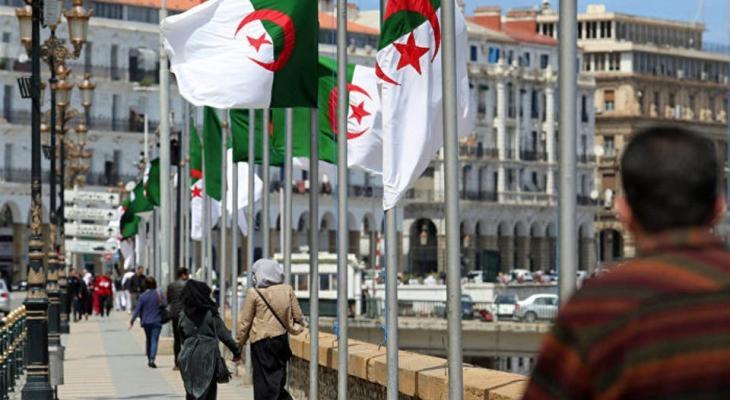 """بالفيديو والصور: توقيف """"شابين"""" أعلنا عن """"زواجهما"""" عبر فيديو على """"فيسبوك"""" في الجزائر"""