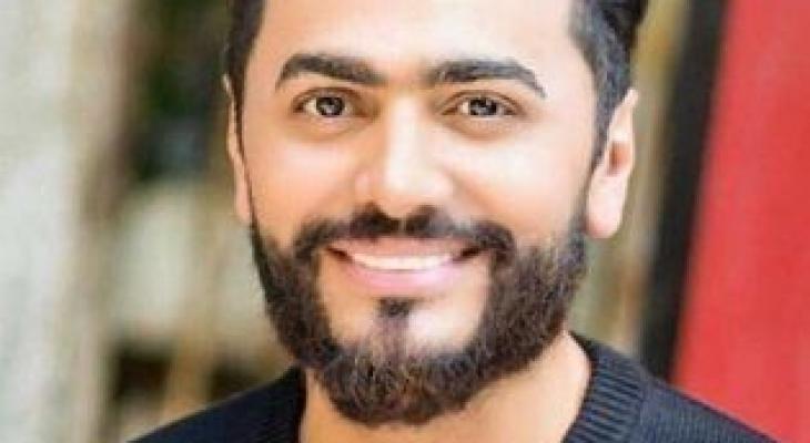 """بالفيديو: دعاء لرفع """"البلاء"""" كلمات وألحان وغناء النجم المصري """"تامر حسني"""""""