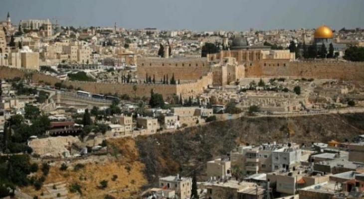 """قيادي فتحاوي يُحذّر من كارثة إنسانية في القدس الشرقية بعد عزلها عن جزئها الغربي في ظل تفشي """"كورونا"""""""