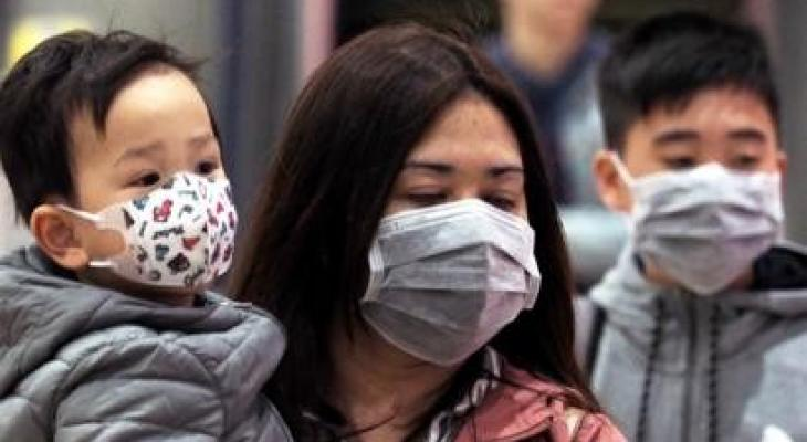 """بالفيديو والصور: امرأة شابة مصابة بـ""""فيروس كورونا"""" تشرح حالتها وتوجه نصائح ثمينة"""