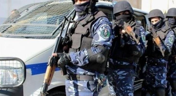الشرطة تقبض على مطلوبين للعدالة في القدس وجنين