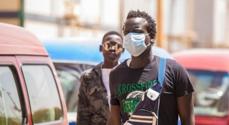 """بالفيديو والصور: هكذا يقضي """"السودانيون"""" يومهم في ظل فيروس """"كورونا"""""""