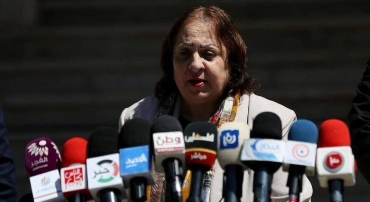الناطق باسم الصحة يعتذر لصحفية فلسطينية بحضور الوزيرة مي كيلة