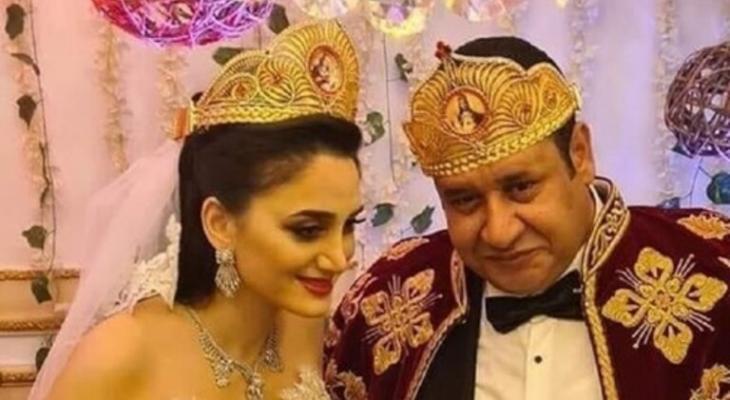 """بالفيديو: إمبراطور العالم السفلي """"نخنوخ"""" يتحدى كورونا ويعلن عن زواجه من سيدة أعمال لبنانية"""