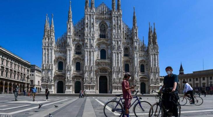 شاهدوا:  إيطاليا تعود للحياة بحذر