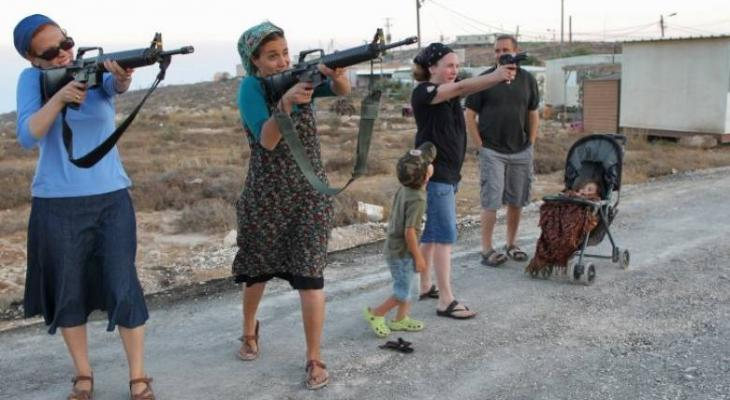 """قرار """"إسرائيلي"""" يسمح بحمل السلاح خارج أماكن العمل"""