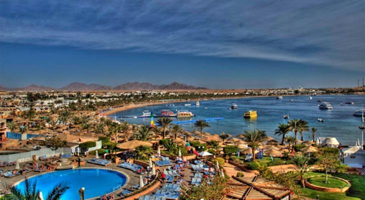 """مصر: بعد 90 يوما من الإغلاق تستقبل السياح في """"3 محافظات"""""""