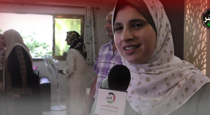 """وكالة """"خبر"""" تلتقي الأولى على فلسطين في امتحانات الثانوية العامة بالفرع العلمي"""