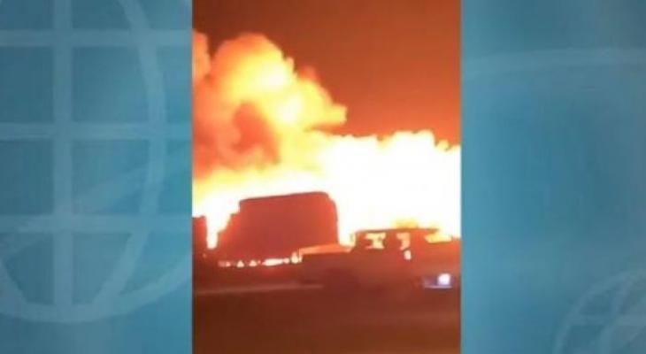 اندلاع حريق هائل في سوق للأعلاف بالسعودية.jpg