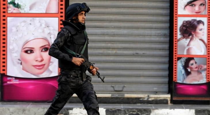 """جريمة بشعة: رجل مصري يقطع جثة """"زوجته"""" ويرميها في القمامة"""