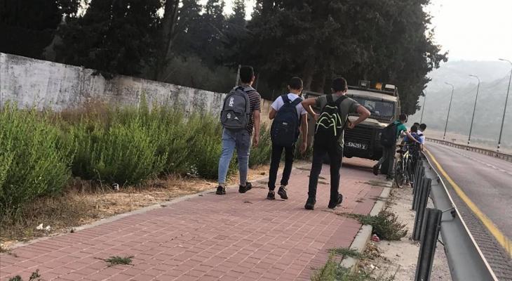 الاحتلال يعترض وصول طلبة اللبن الشرقية إلى مدارسهم