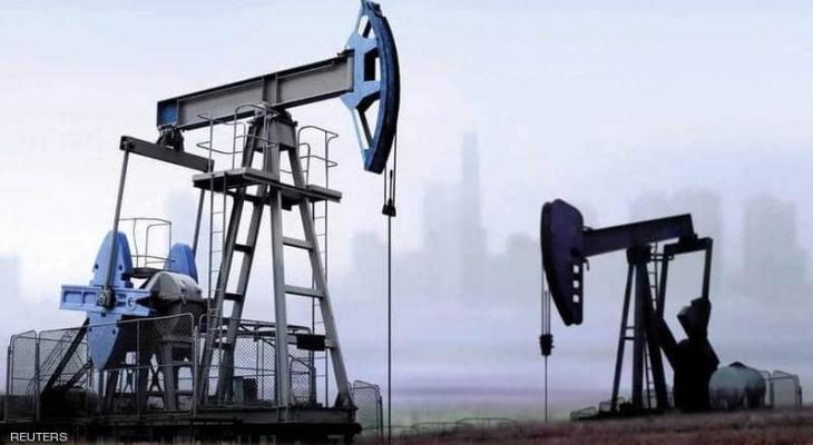 النفط يصعد.. والآفاق قاتمة بسبب كورونا