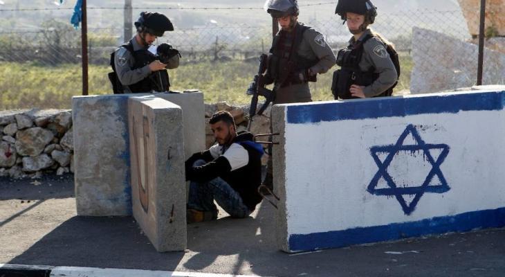 قوات الاحتلال يعتقل 5 مواطنين من القدس