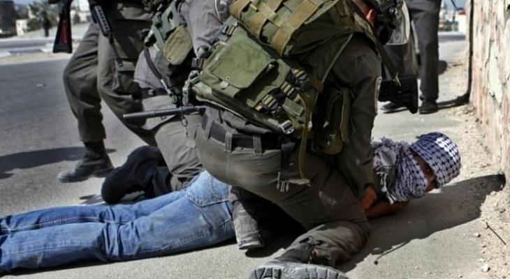الاحتلال يعتقل شابًا من مدينة طوباس