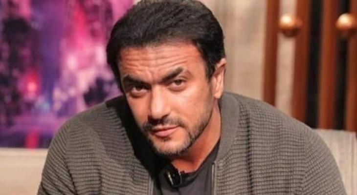 """شاهدوا: أحمد العوضي ينشر صورة من استعداداته لمسلسل """"اللى مالوش كبير"""