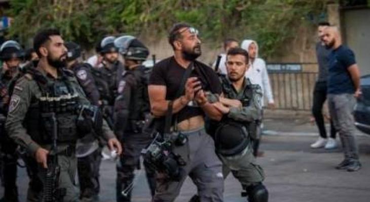 اعتقال صحفي.jpg