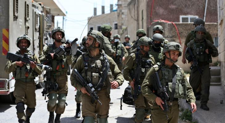 قناة عبرية تكشف عن قرار حظر الإجازات لجميع جنود الاحتلال
