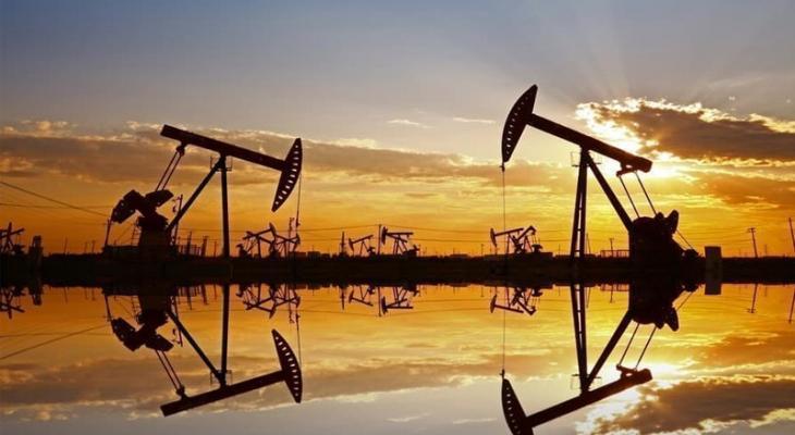 """النفط   سيبلغ 80 دولارا رغم """"إمدادات إيران"""""""