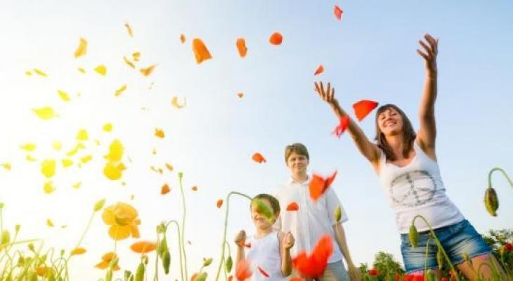 دراسة حديثة   تفجر مفاجأة بين السعادة وطول العمر