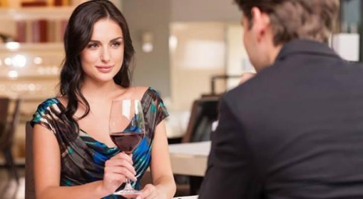 """بالفيديو   اليكِ """"سيدتي"""" صفات تبحث عنها """"المرأة الثرية"""" في الرجل"""