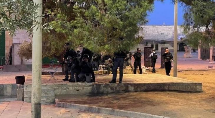 """""""اللجنة الرئاسية لشؤون الكنائس"""" تُطالب المؤسسات الدوليّة بوقف انتهاكات الاحتلال بحق الأقصى"""