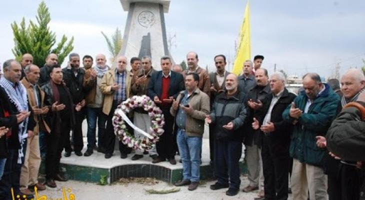 حركة فتح بلبنان تضع أكاليل زهور على أضرحة الشهداء