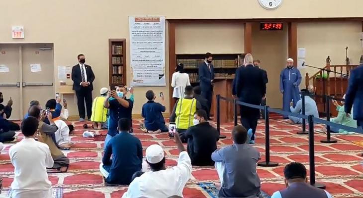 بالفيديو | جاستن ترودو يزور أحد مساجد مدينة هاميلتون الكندية