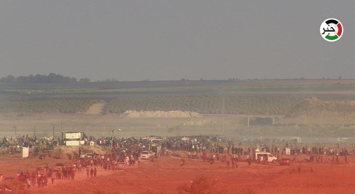 مهرجان جماهيري على حدود غزّة تزامناً مع ذكرى إحراق الأقصى.jpg
