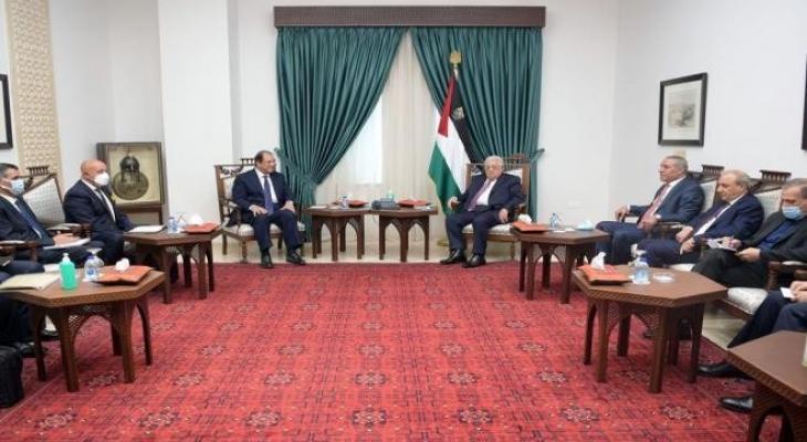 رام الله: الرئيس الفلسطيني يلتقي برئيس المخابرات المصرية