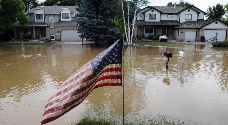 وفاة 22 شخصًا بسبب الفيضانات في ولاية أمريكية